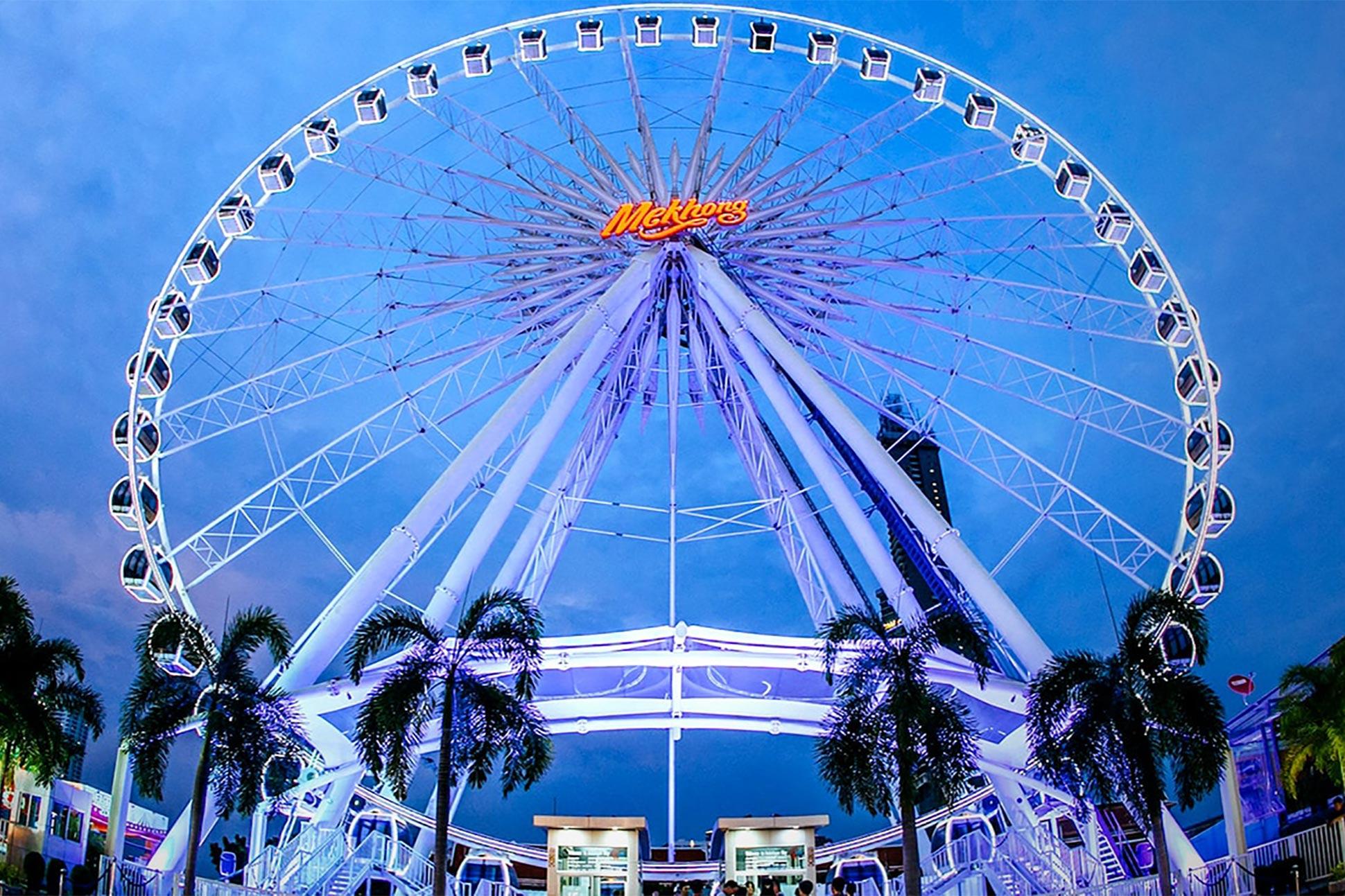 The ferris wheel at Asiatique The Riverfront, Bangkok, Thailand