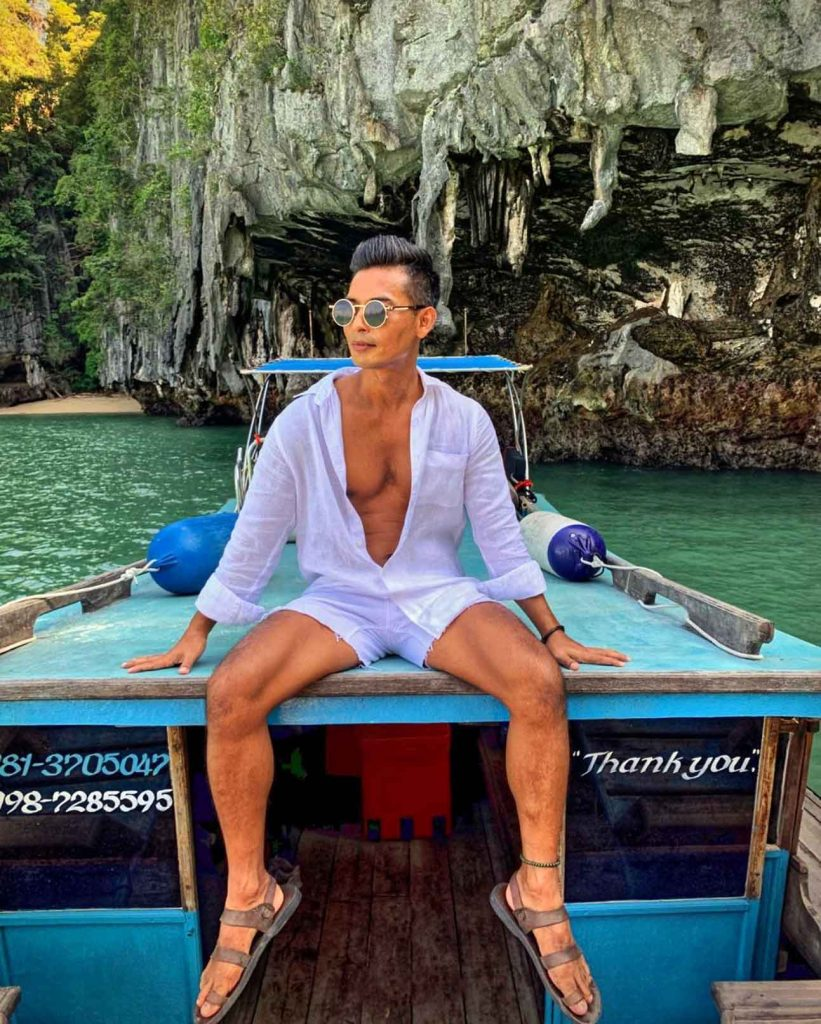 @toon_collections having an influencer fashion moment in Phuket